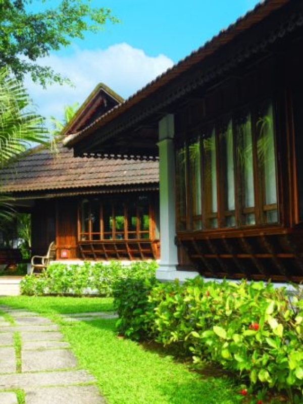 Kumarakom Lake Resort: A Man-Made Justice To Kerala's Nature