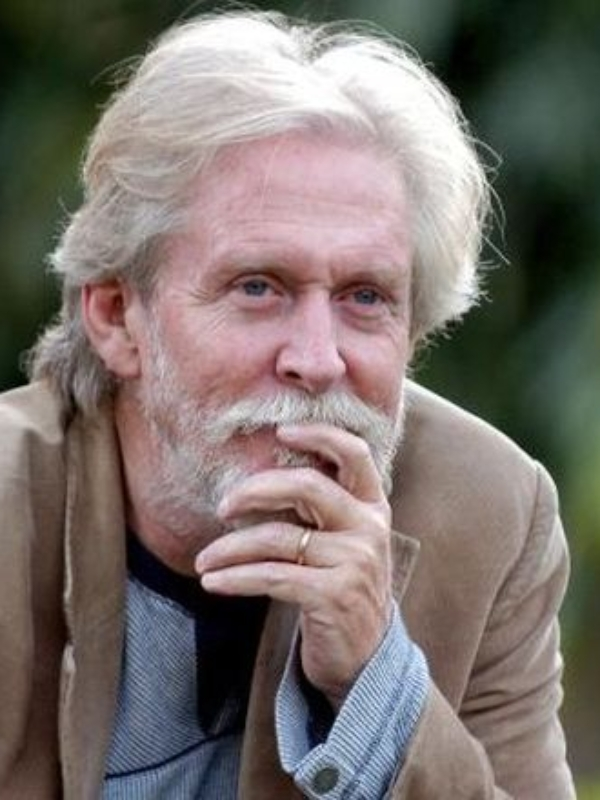 This Documentary Featuring Tom Alter Decodes Schizophrenia
