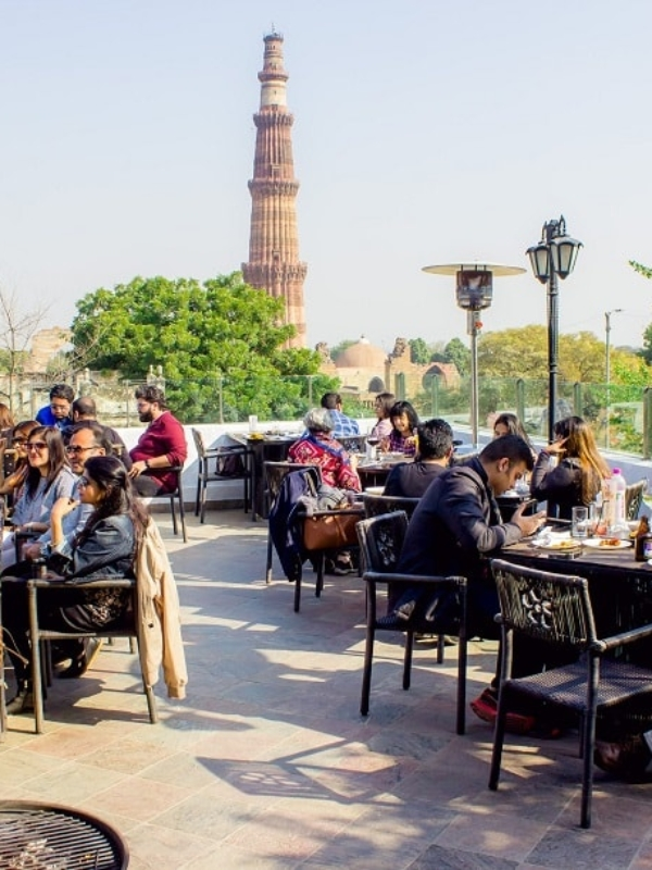 Wander Where: Dramz For A Breathtaking Qutub Minar View