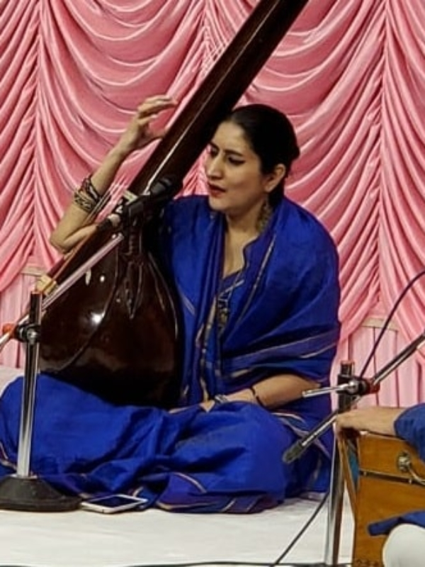 Indian Classical Singer Priyaankaa Mathur Is Her Mother's Dream