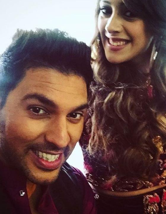 Demonetization What?! ShaadiSaga Rides On Yuvi-Hazel Wedding Success