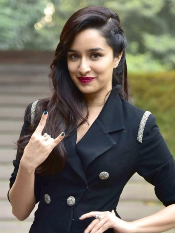 """Simplicity 'Rocks'! Shraddha Kapoor Is Grateful For """"The Basics"""" In Life"""